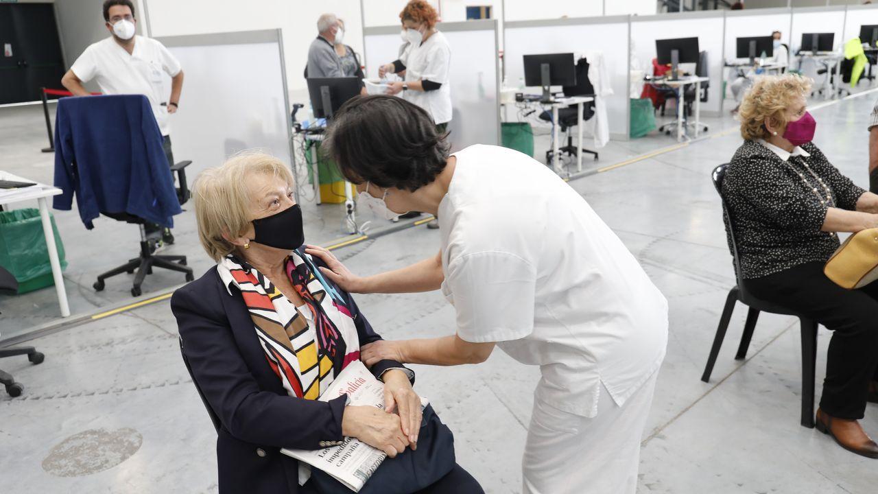 Vacunación en el recinto ferial Ifevi de Vigo