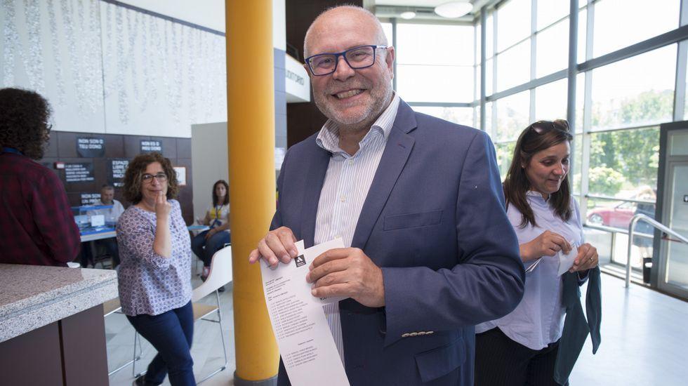 Jornada de elecciones. Manuel Antelo (Adiante Vimianzo)