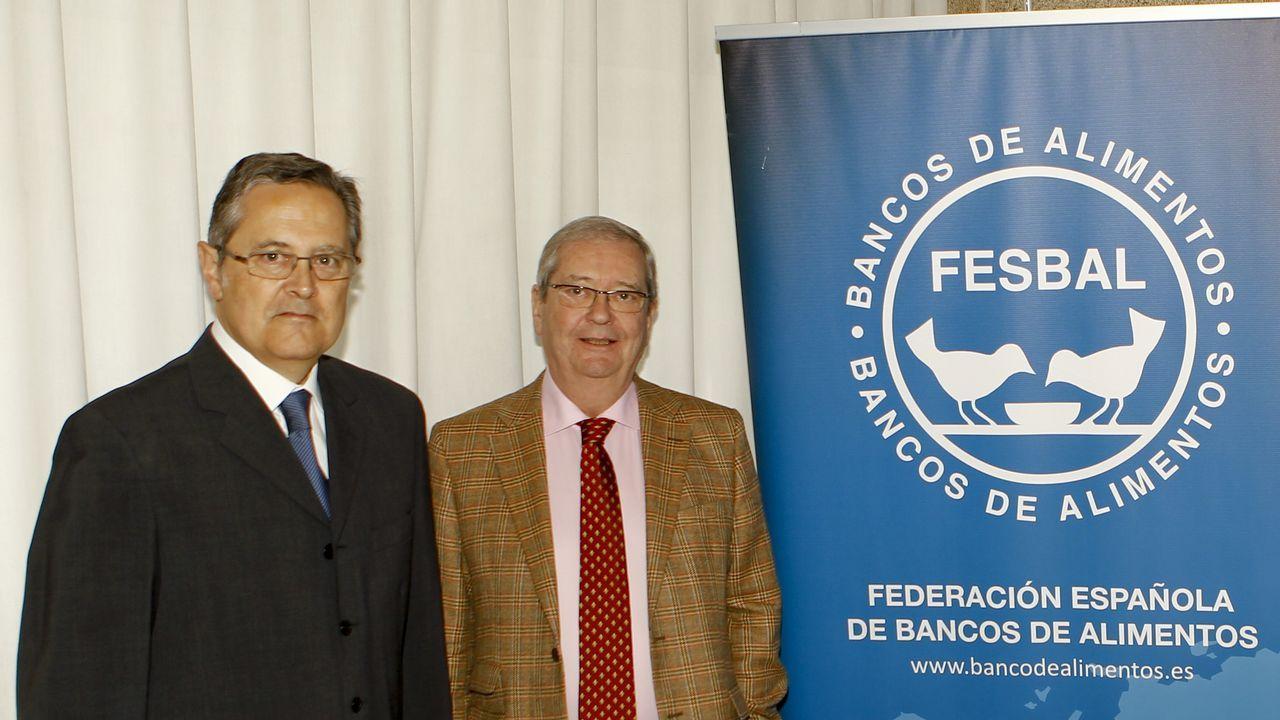 Juan Mateos, nuevo presidente, con Ángel Crespo, de la Federación Nacional de Bancos de Alimentos.