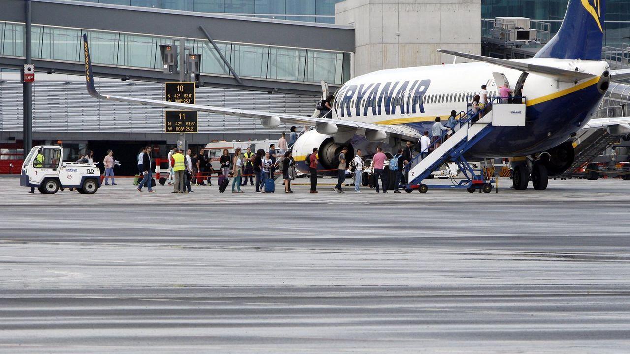 Aterrizaje milagrosoen Rusia.Avión de Ryanair en Lavacolla