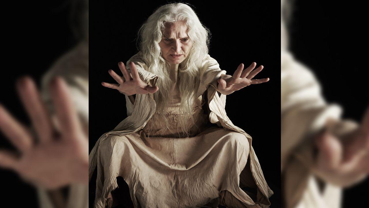 As obras de Banksy en Lugo.La actriz irlandesa Olwen Fouéré interpreta a la bruja