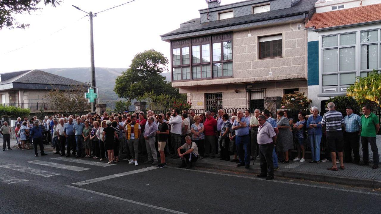 Feijoo recibió a los alcaldes de A Baixa Limia en Santiago