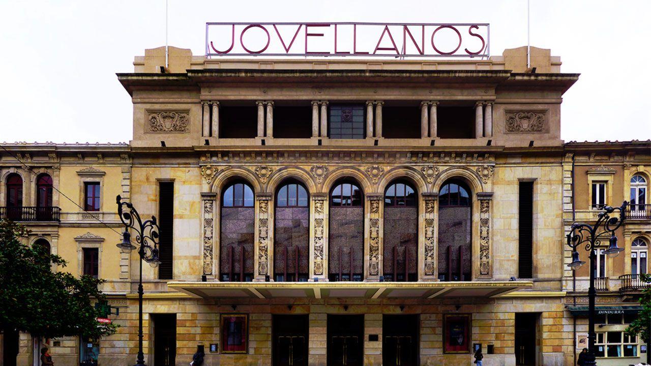 Visitantes Feria de Muestras Asturias.Teatro Jovellanos de Gijón