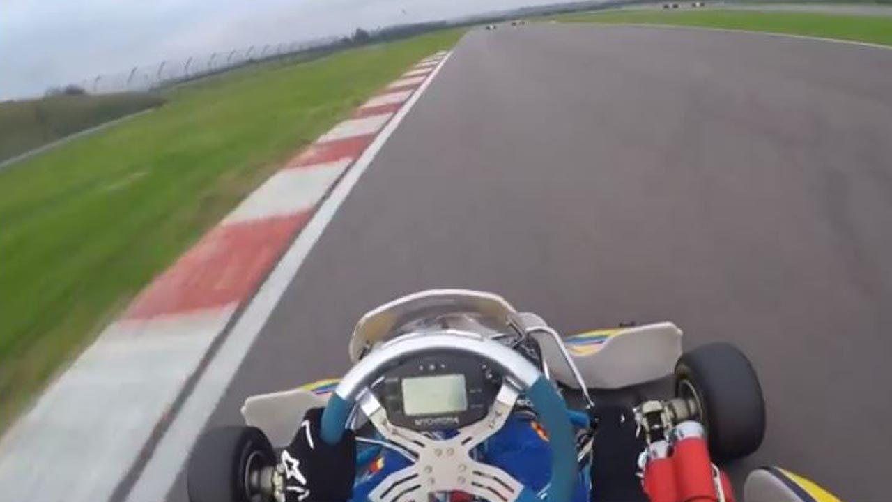 Alonso visita su escuela en Asturias y aprovecha para hacer Karting