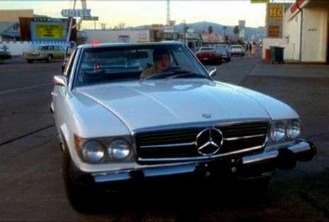 Así fue el reencuentro del elenco de «Pretty Woman».Arriba, Sharon Stone conduciendo su Mercedes en «Casino», de Martin Scorsese. A continuación, los Mercedes de «Con la muerte en los talones», la saga «Transformers» y «El diario de Bridget Jones».