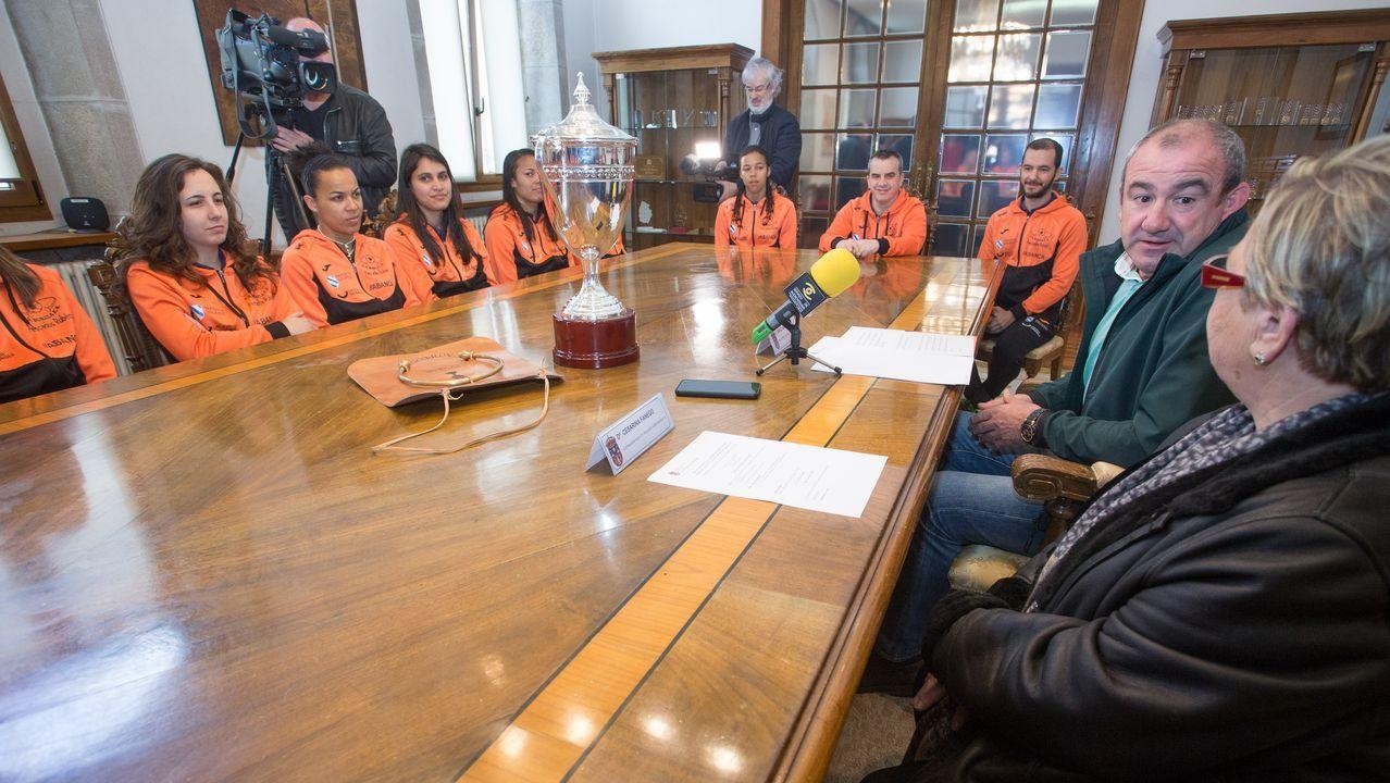 Mónica Rancaño, Maite Ferreiro y Efrén Castro sustituirán a Veiga y Ferreiro en la Diputación.