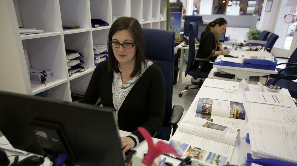 Viajes Galitur. Lara López considera que la gente ya está más animada a viajar.