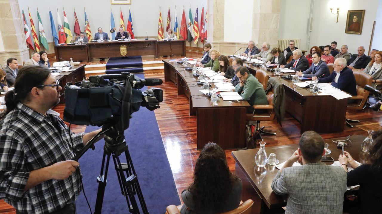 Esperpento en la Diputación de Lugo