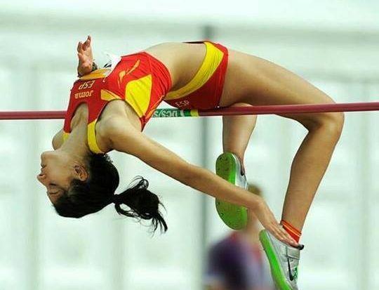Saleta afronta la temporada con el reto de superar el récord gallego absoluto de salto de altura