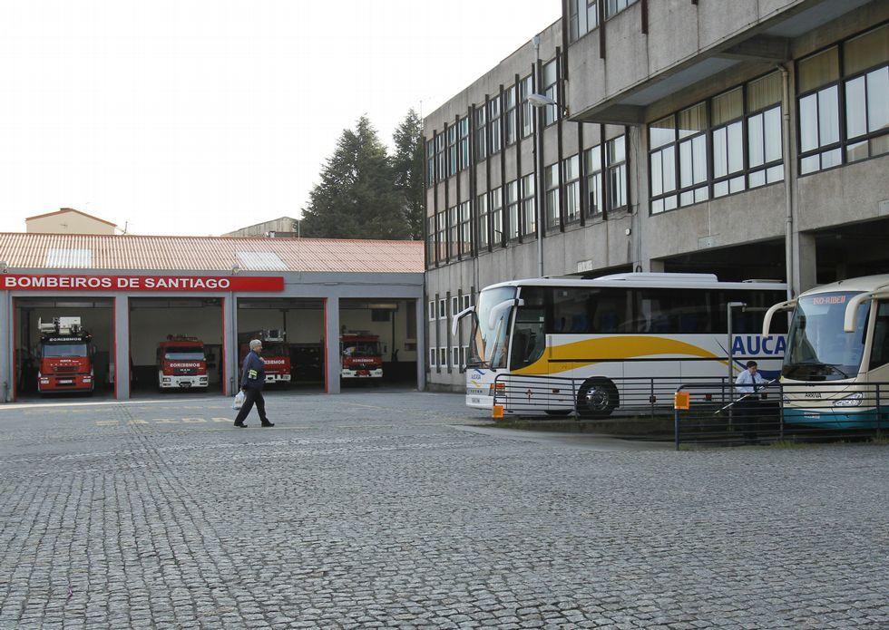 «Cuando se disolvieron las Cortes lloré muchísimo».La estación de autobuses está situada justo enfrente del actual parque de bomberos.