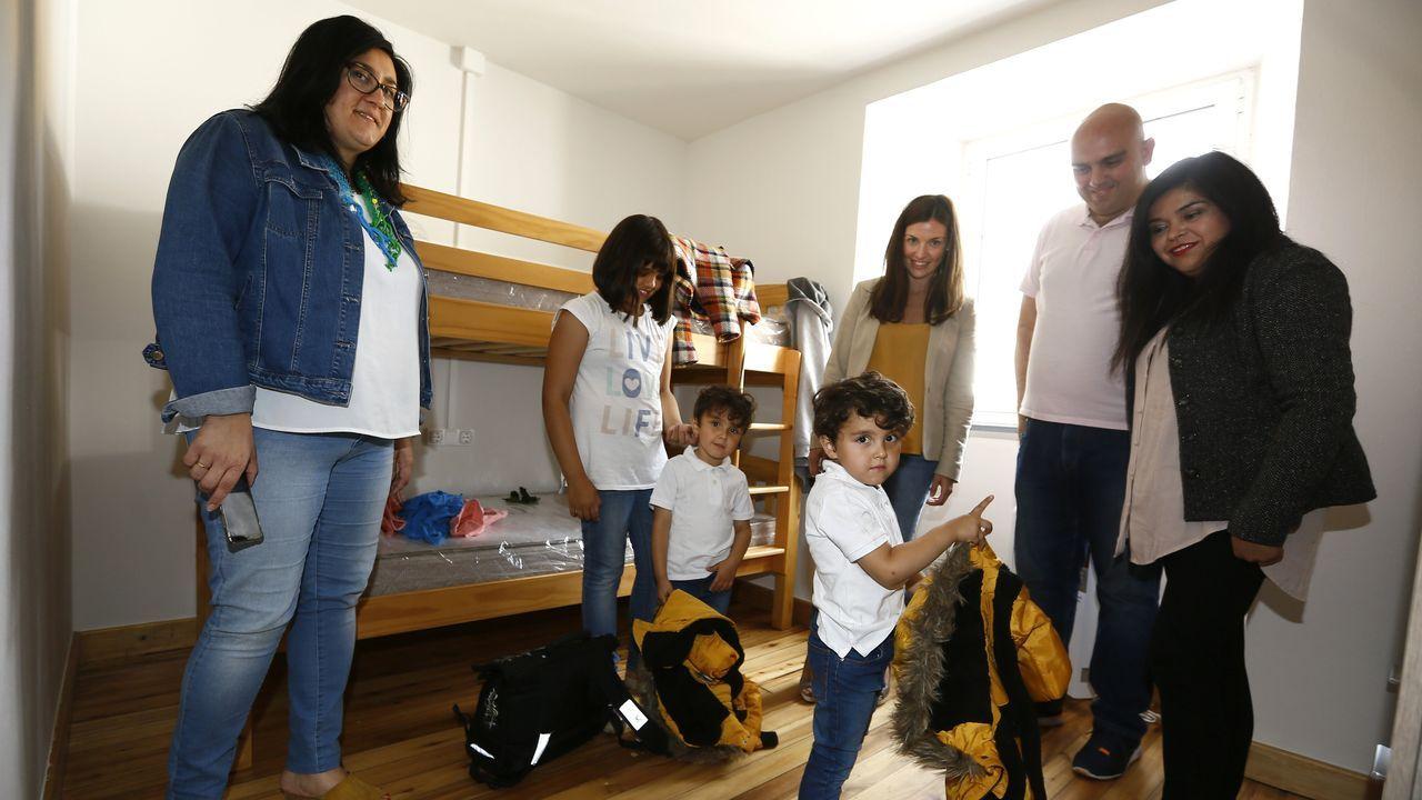 La familia de Guadalajara seleccionada, con tres menores, que se instaló en Sante