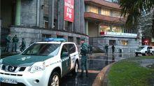 La Guardia Civil registra la sede la UGT en Oviedo