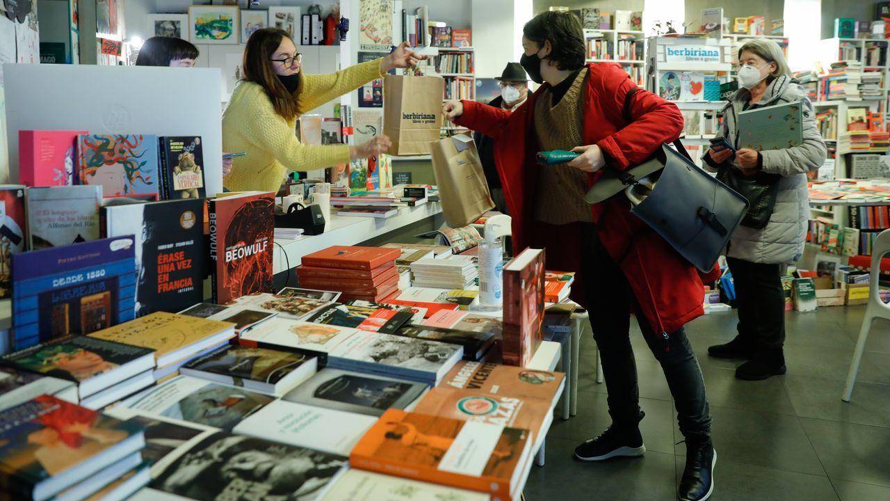 El primer gordo sin aplausos.En la librería Berbiriana el viernes por la tarde aún disponían de saldo para canjear los bonos
