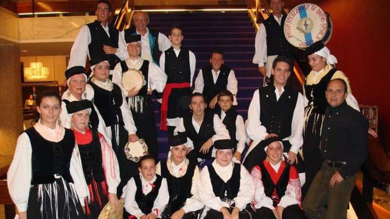 Músicos de O Lar Galego de Rotterdam