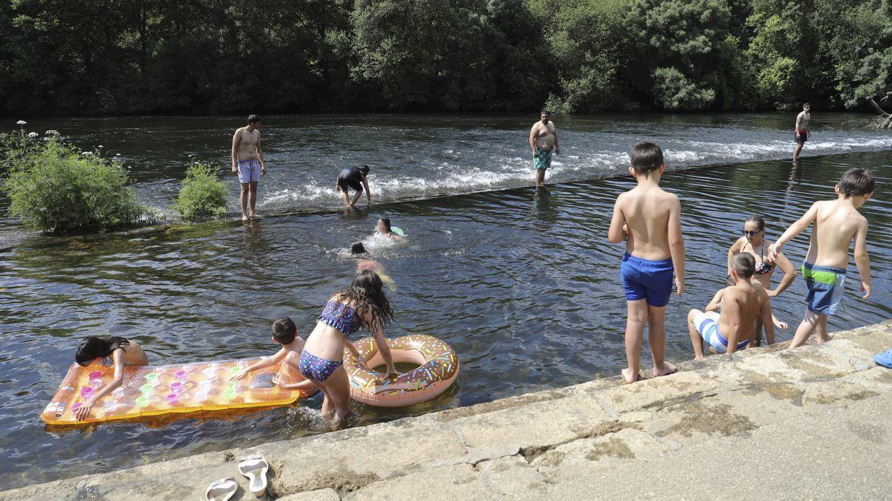 Ambiente en la playa fluvial de Tapia