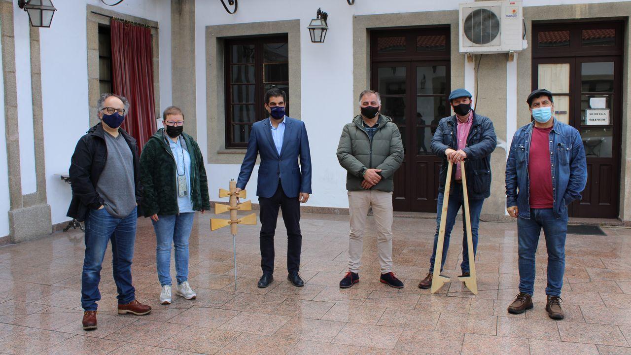 Alén presentó el proyecto junto a representantes de FAPA As Burgas