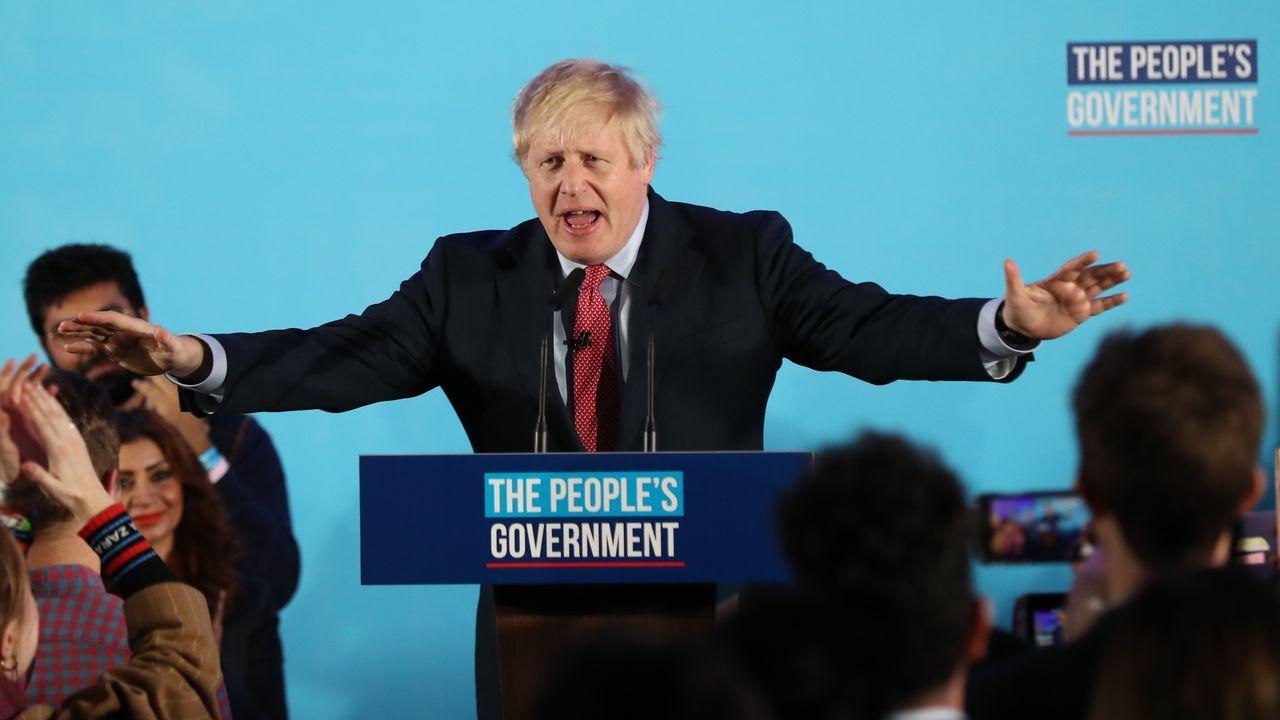 Tras la victoria, Johnson proclamó que el pueblo británico ha votado de forma «irrefutable» e «indiscutible» por el «brexit»