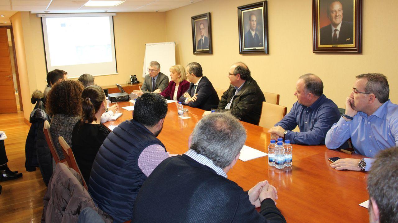 Visita a la fábrica de armas, ciudad de las TIC.La cesión de la fábrica de armas a la UDC se firmó en A Coruña el pasado martes