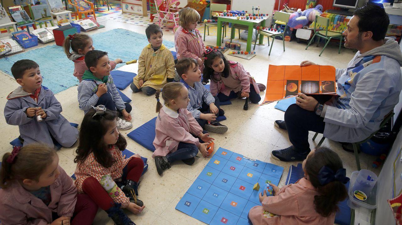 metodo especial de enseñanza del profesor Roi en el colegio fernandez varela