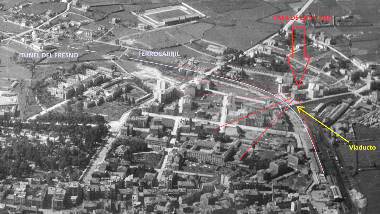 La llamada Casa de los Tiros, señalada en rojo junto al viaducto que iba a La Argañosa, poco después de la Guerra Civil en Oviedo. Dominaba a su derecha y su izquierda amplios sectores de las trincheras en torno a la ciudad