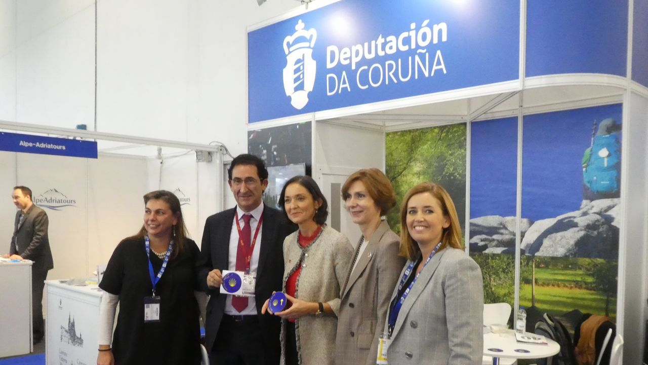 El diputado Antonio Leira, en el puesto de la Diputación de A Coruña en la World Travel Market de Londres