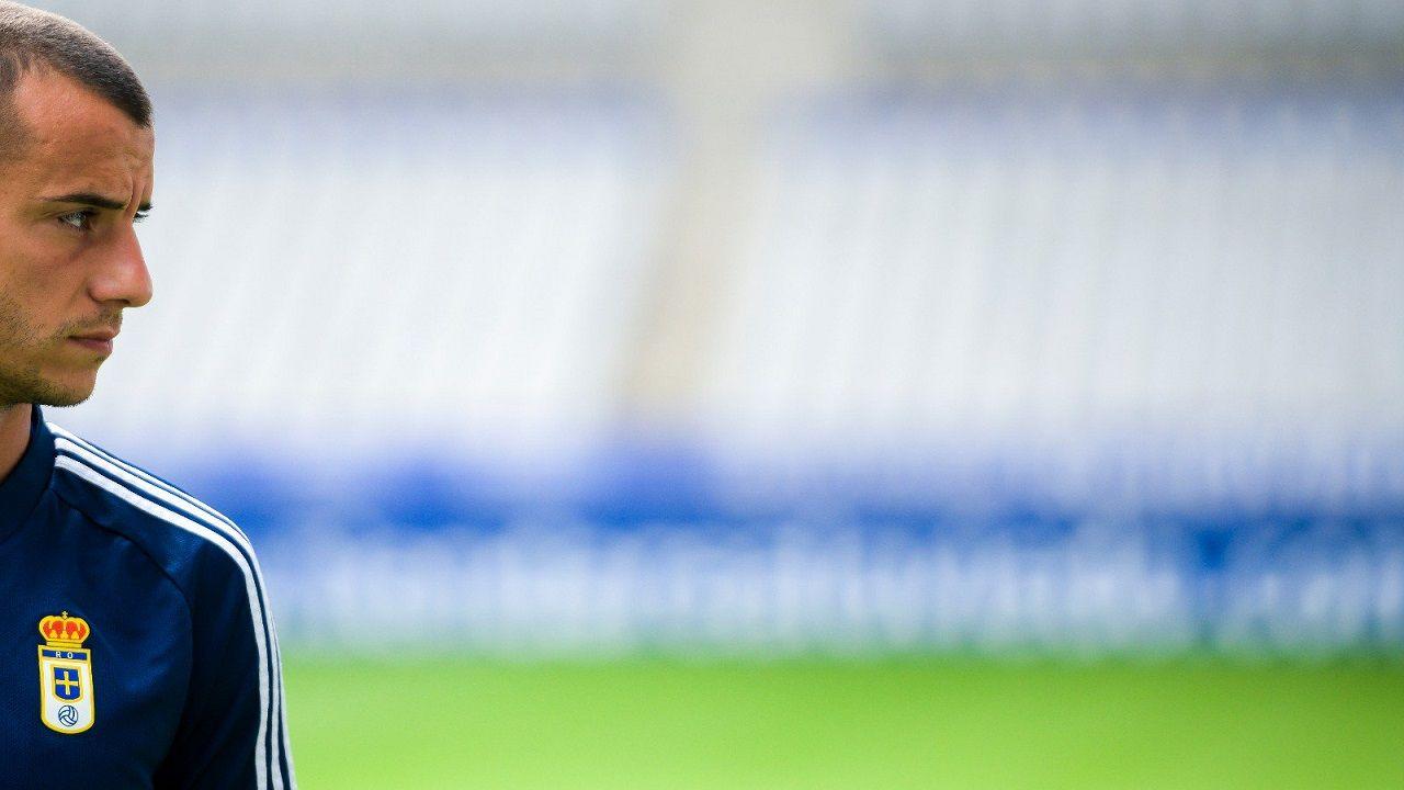 Tejera Real Oviedo Carlos Tartiere.Sergio Tejera, durante un entrenamiento en el Carlos Tartiere