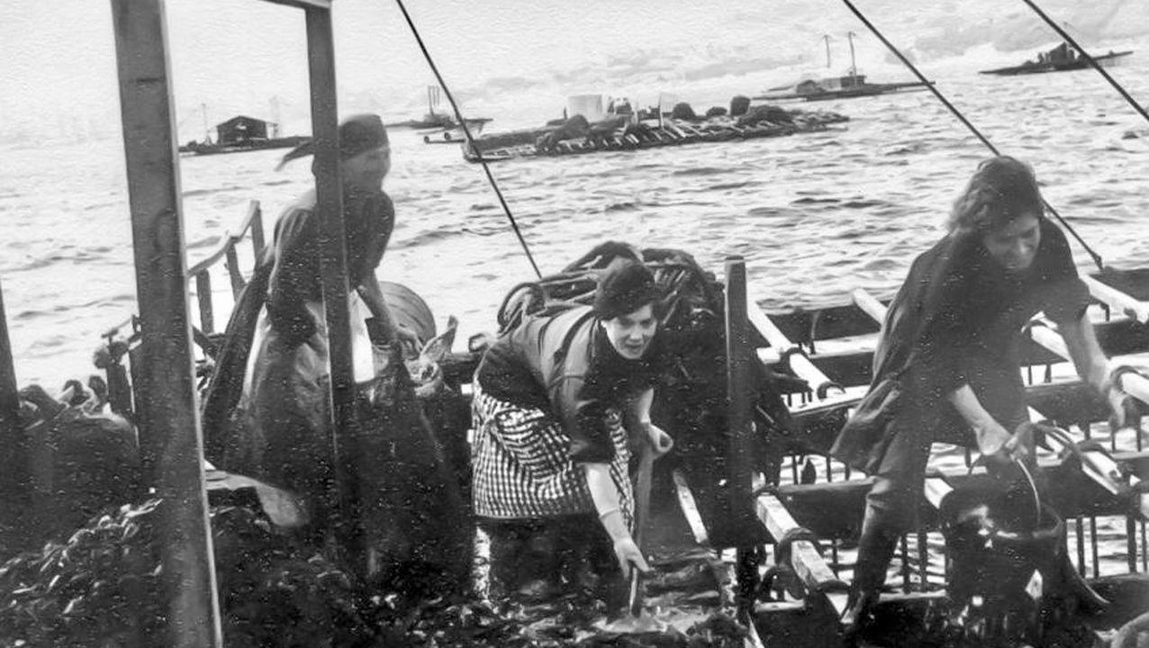 El fenónemo Vigo trata de multiplicar visitas en Fitur.Llegada de los detenidos en la operación del narcosubmarino a los juzgados de Cangas
