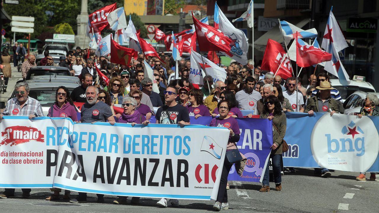 Ferrol agita el Día del Trabajo.Exterior del centro de salud de Seoane do Courel, uno de los dos que existen en el municpio