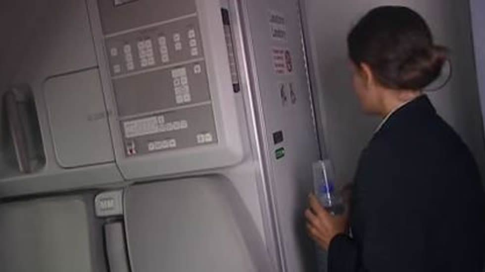 Ric Elias: 3 cosas que aprendí mientras mi avión se estrellaba.Cola de un avión de la compañía de los Países Bajos KLM, la más segura de Europa.