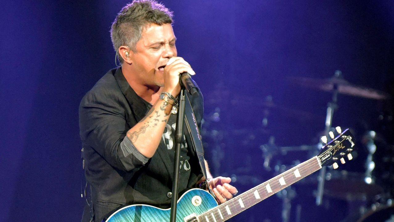 Videoclip de «El trato», grabado en Asturias.Blas Cantó durante un concierto en Monforte