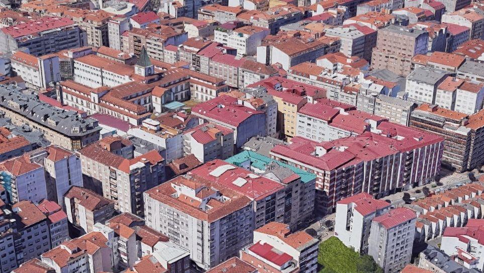 Junto a la rúa San Antoniño, en Pontevedra, hay varios bloques de pisos entre los 50 de mayor densidad poblacional de Galicia
