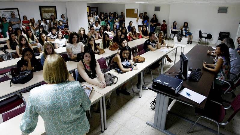 Alejandro Otero anima a la gente mayor a perder el miedo y a estudiar en la Universidad.