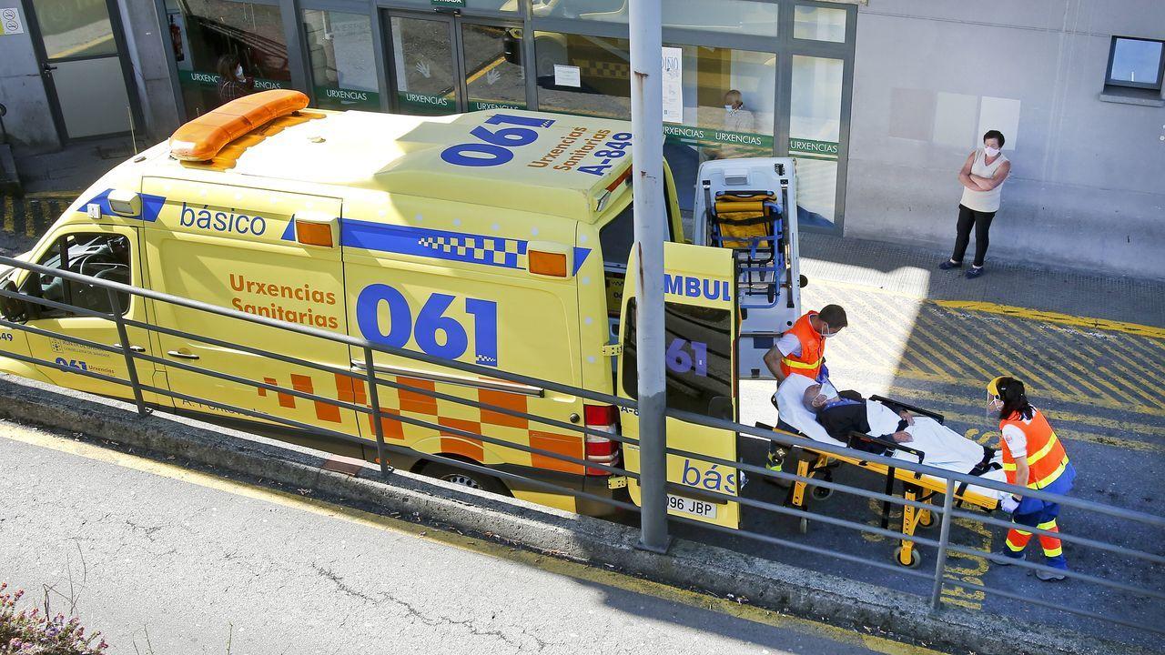 Entrada de urgencias en el Hospital de Montecelo, en Pontevedra