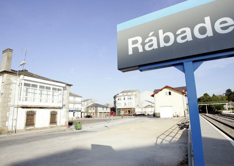 Naufragios de risa en la «esbatuxada» de Rábade.El plan urbanístico de Rábade debe ser hecho de nuevo.