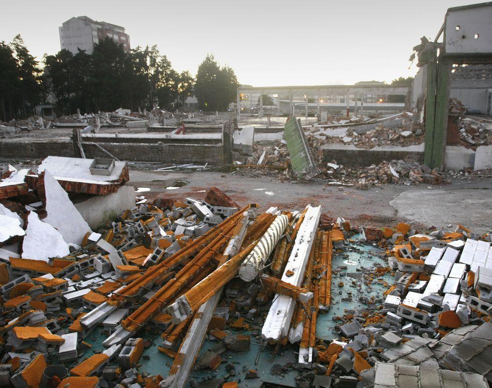 La vieja metalográfica ha desaparecido, demolida, a la espera de lo que suceda con Alcampo.