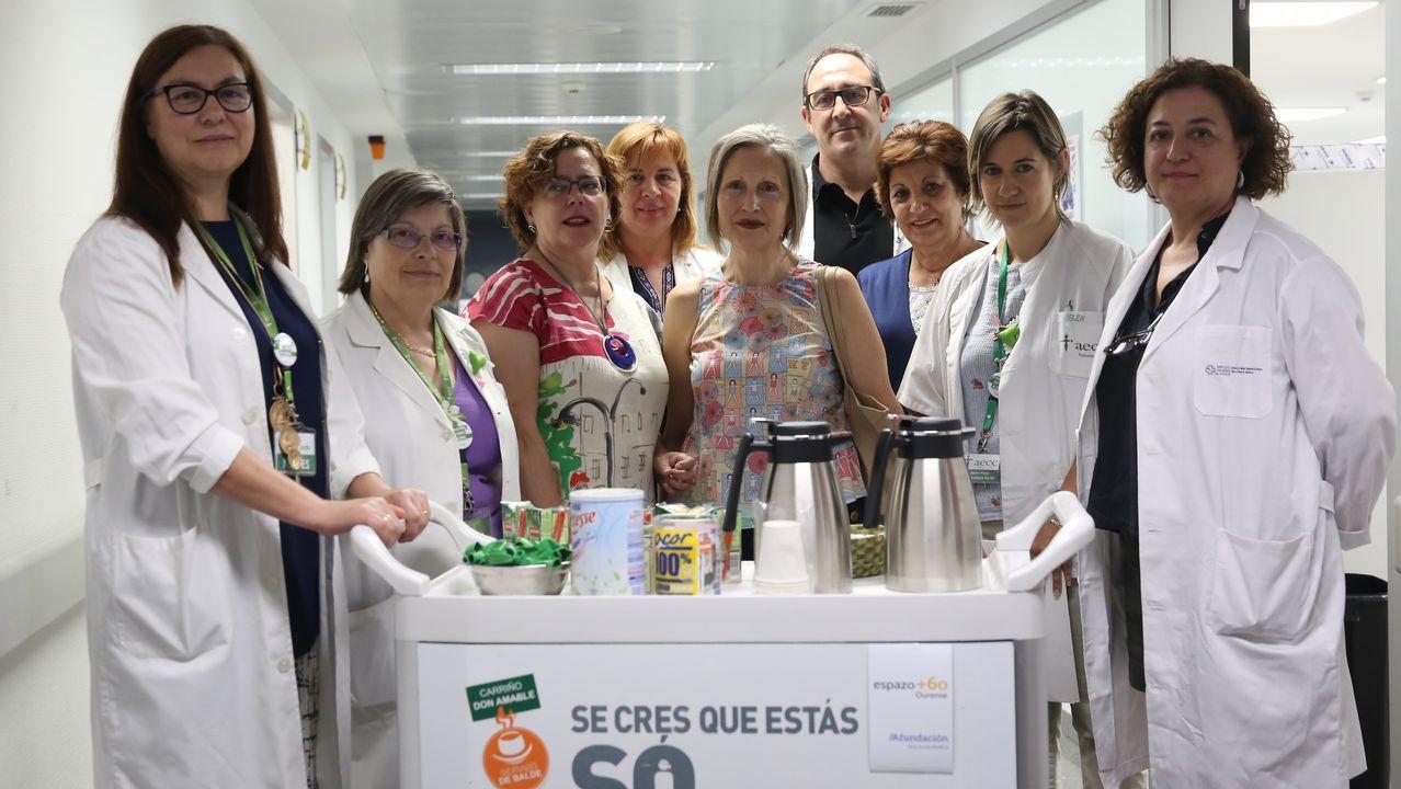 EnTrives y Castro Caldelas recogen firmas contra la supresión del servicio de pediatría en los centros de salud