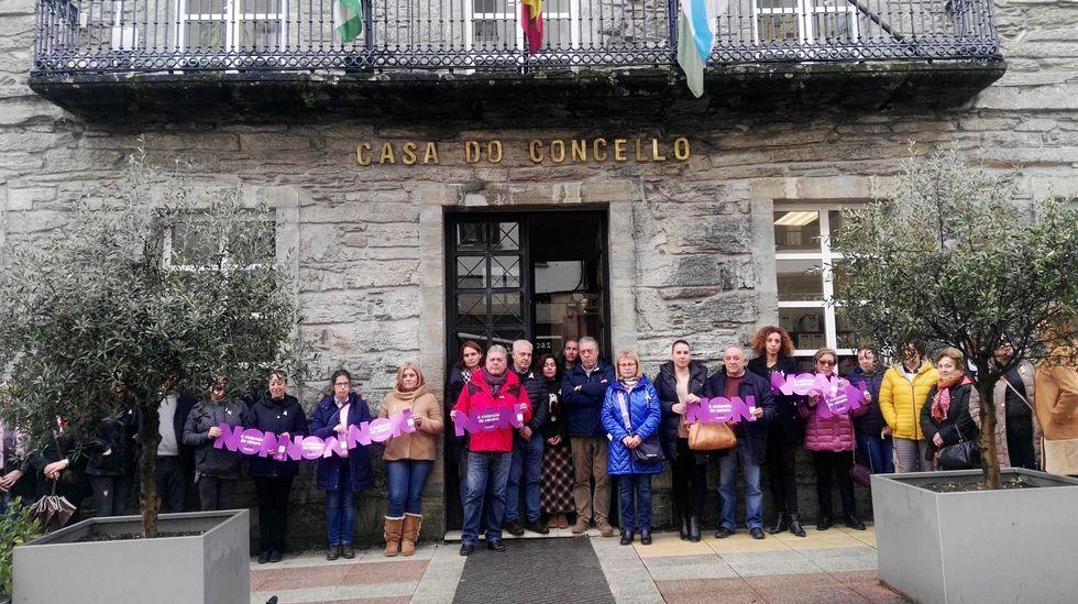 Concentración contra la violencia machista organizada este 25 de noviembre por el Ayuntamiento de Quiroga