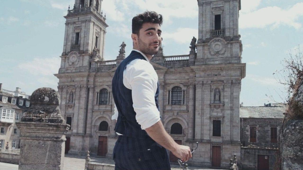 David Vilares en el vídeo promocional del certamen, rodado en ubicaciones de la provincia