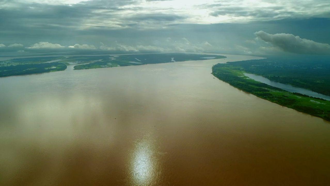 Los lameiros de Pedrafita.El Amazonas descarga cerca de 220 mil metros cúbicos por segundo al Atlántico