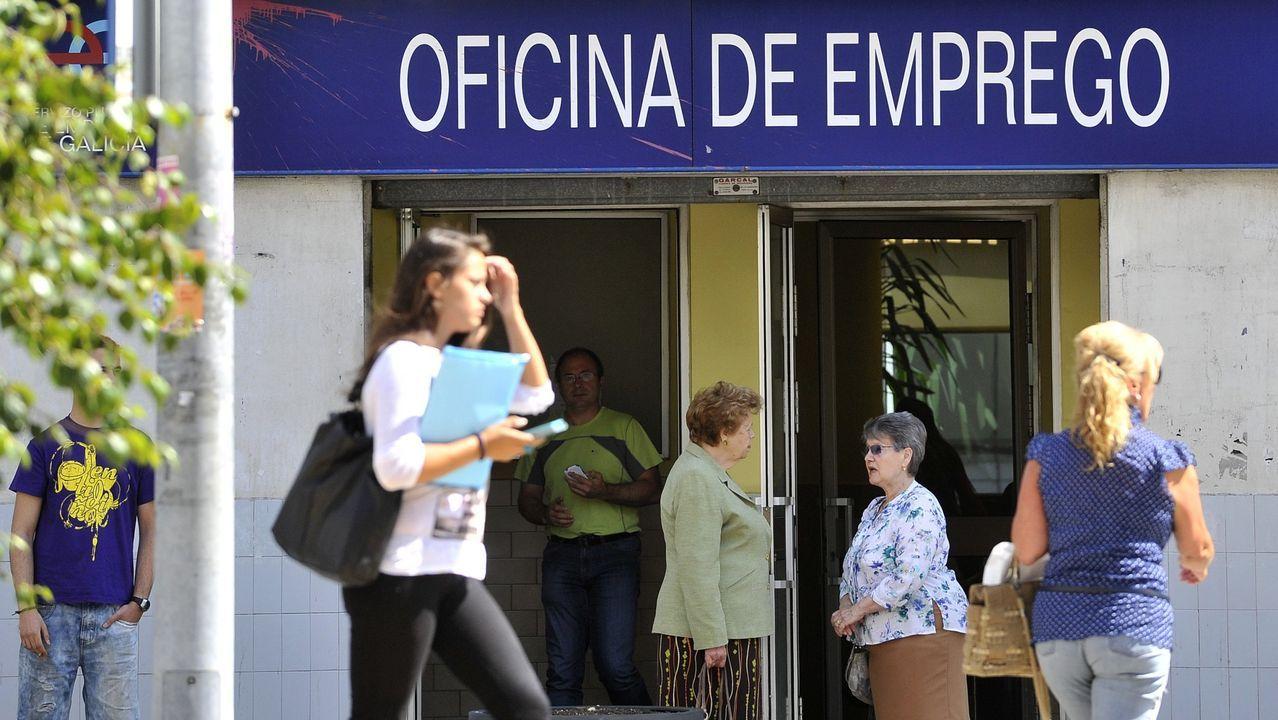 Recorrido por el castillo de La Palma, en Mugardos.El Cuartel General de la Fuerza de Protección celebró el día 9 en Cartagena un acto de despedida por su traslado