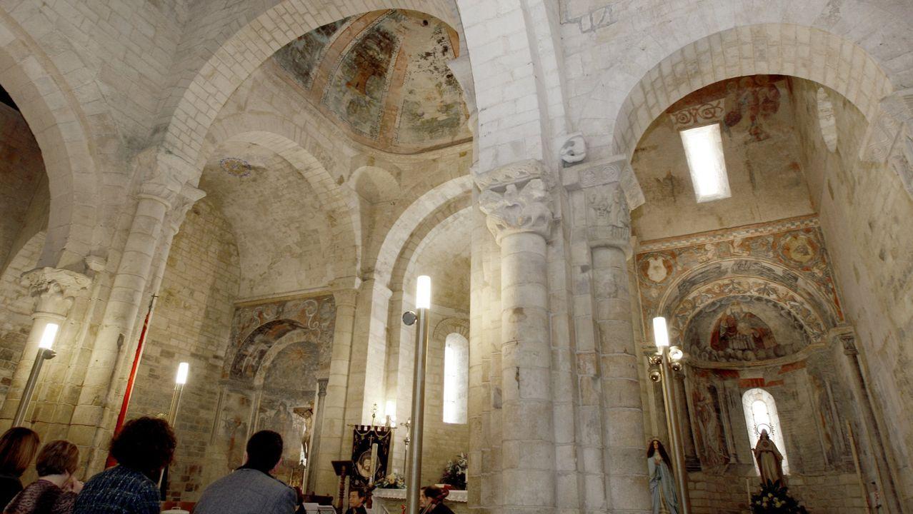 Los frescos del siglo XII de a basílica de San Martiño en Foz son son unreferente  por su originalidad y singularidad