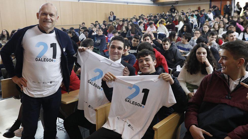 No IES Blanco Amor de Ourense os rapaces tamén participan neste programa para recuperar o uso habitual da lingua