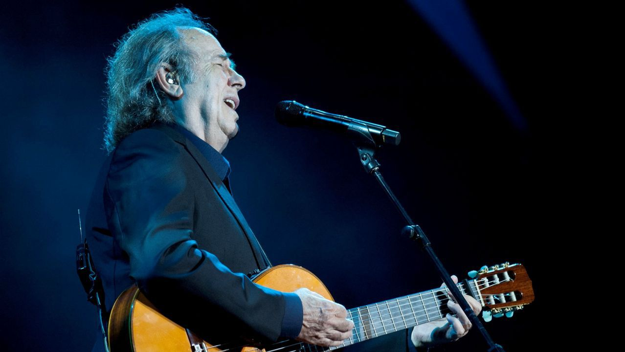 Joan Manuel Serrat, en su concierto de anoche en A Coruña