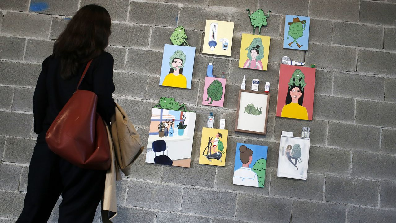 Elisa González García (Vigo, 1991) y Julia Huete (Ourense, 1990) fueron reconocidas, junto a Natalia Escudero, con la compra de sus obras por la fundación. En la foto, la pieza de González
