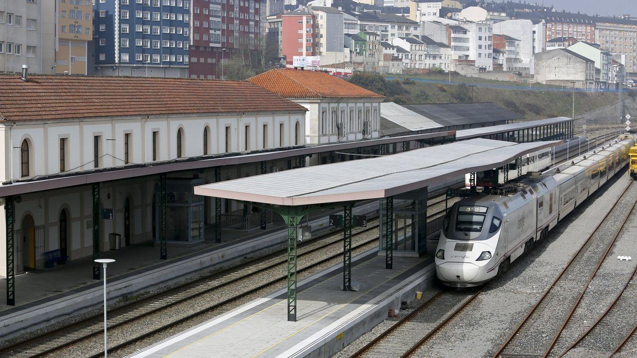 El tramo del AVE que ahorrará 50 minutos en el viaje a Madrid se abrirá «en pocos meses».El puente de Os Peares, uno de los de la línea férrea entre Monforte y Ourense