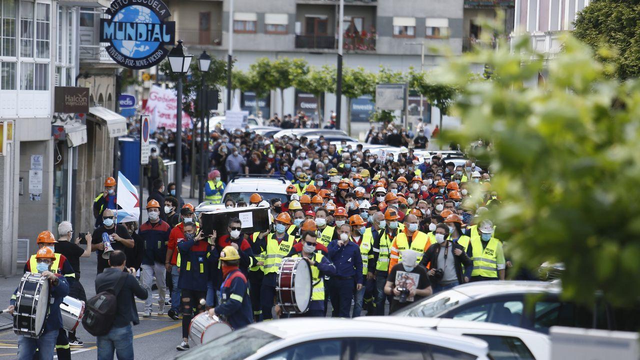 Las protestas de Alcoa, en imágenes.Miles de manifestantes se concentraron en Viveiro contra el cierre de Alcoa