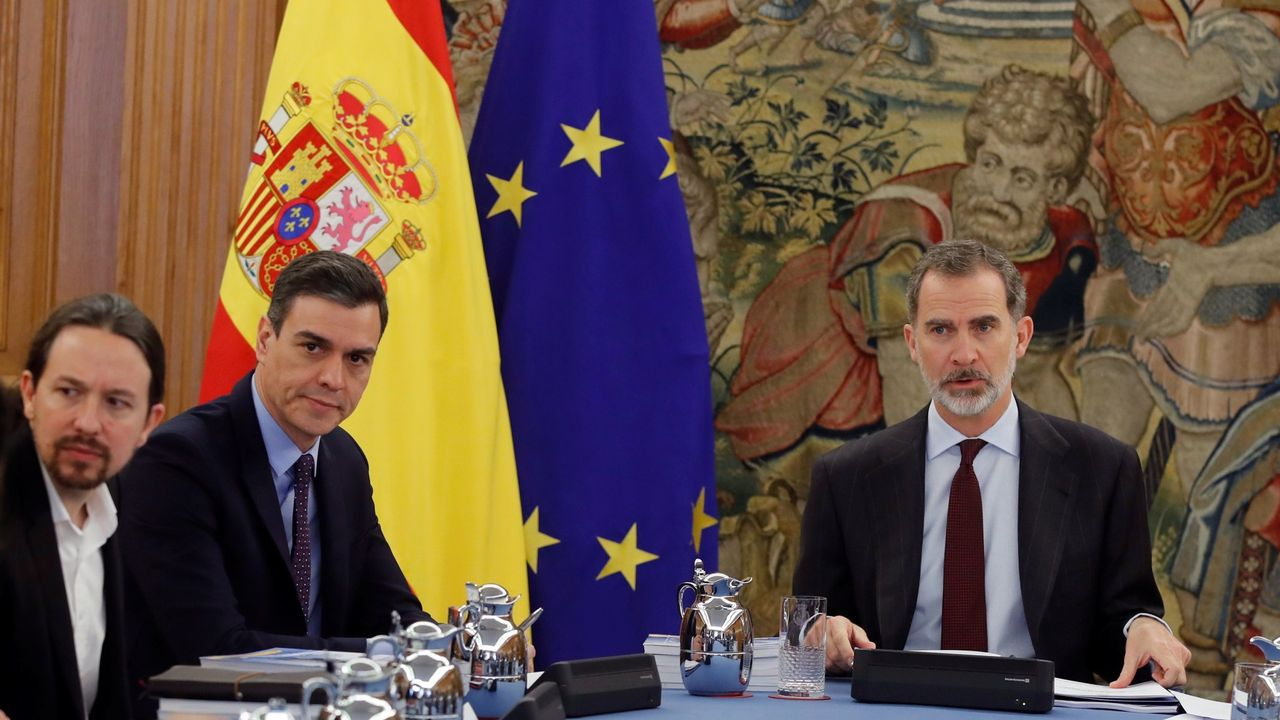 Pedro Sánchez hace una valoración del año 2020.La vicepresidenta Carmen Calvo