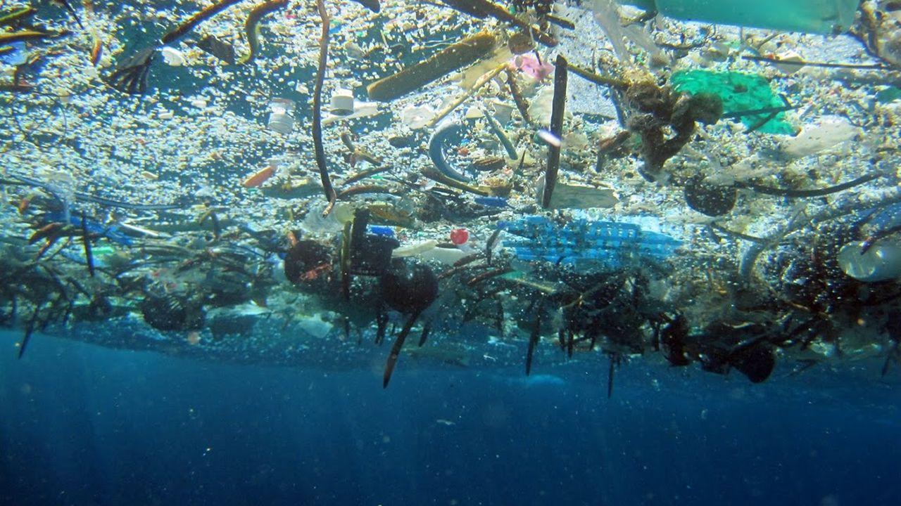 El barco «Esperanza» de Greenpeace.Un barco de Greenpeace