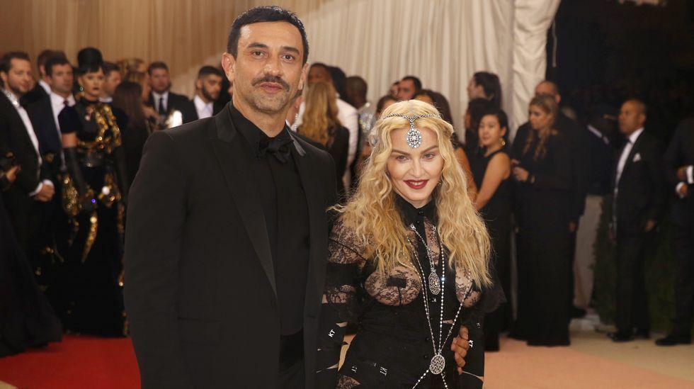 Madonna y el diseñador Rccardo Tisci.