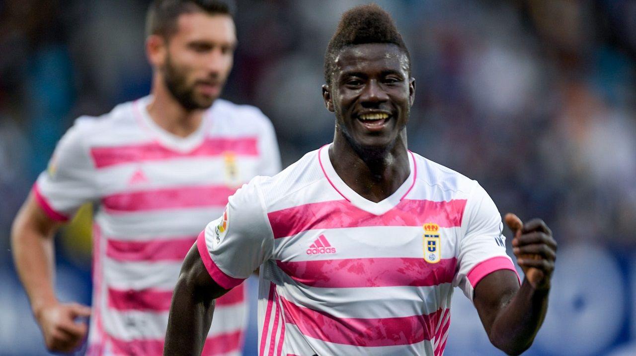 Obeng celebra el 0-1 ante la Ponferradina